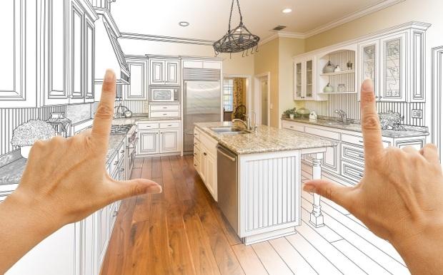 Las manos femeninas enmarcan el diseño de cocina personalizado degradado y la combinación de fotos.